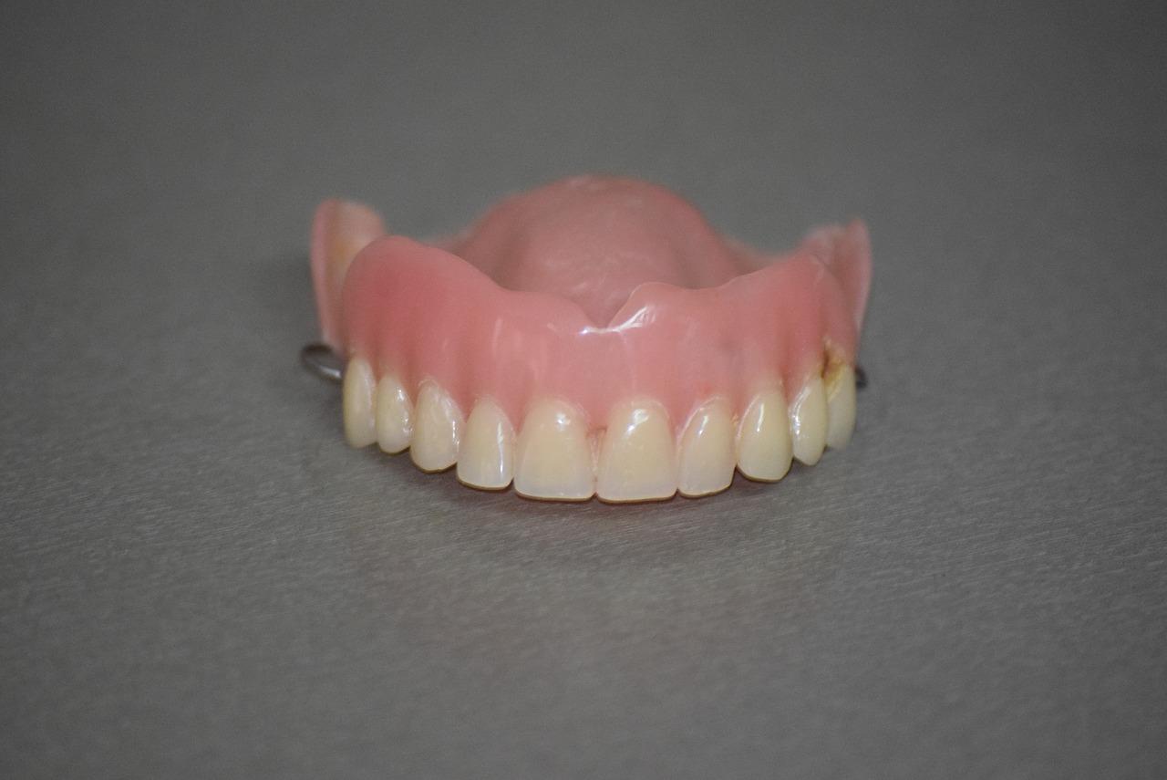 protesi dentale mobile - dentiera